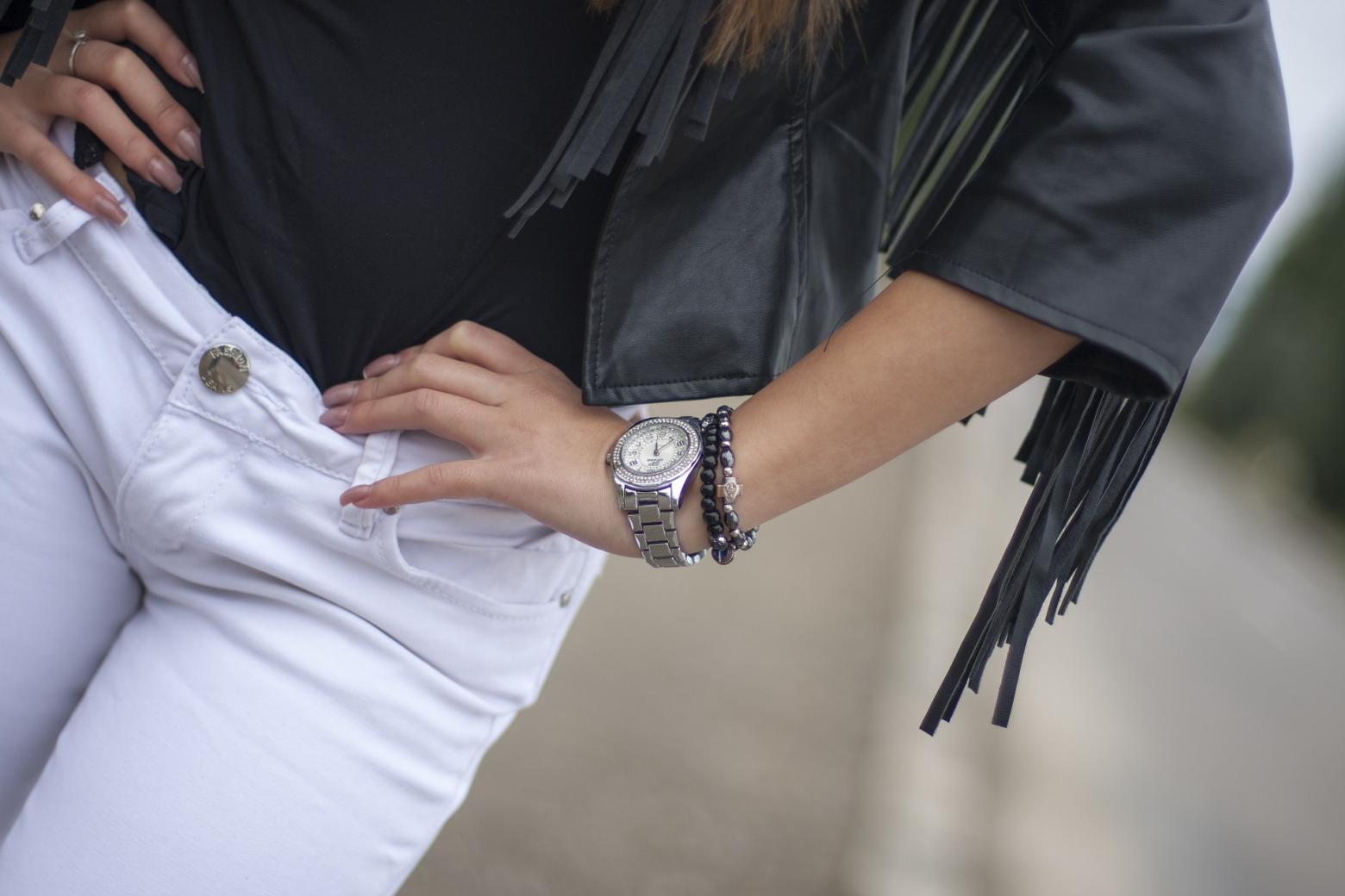 Dress up Yourself with The Best Accessories – Fashion Watches