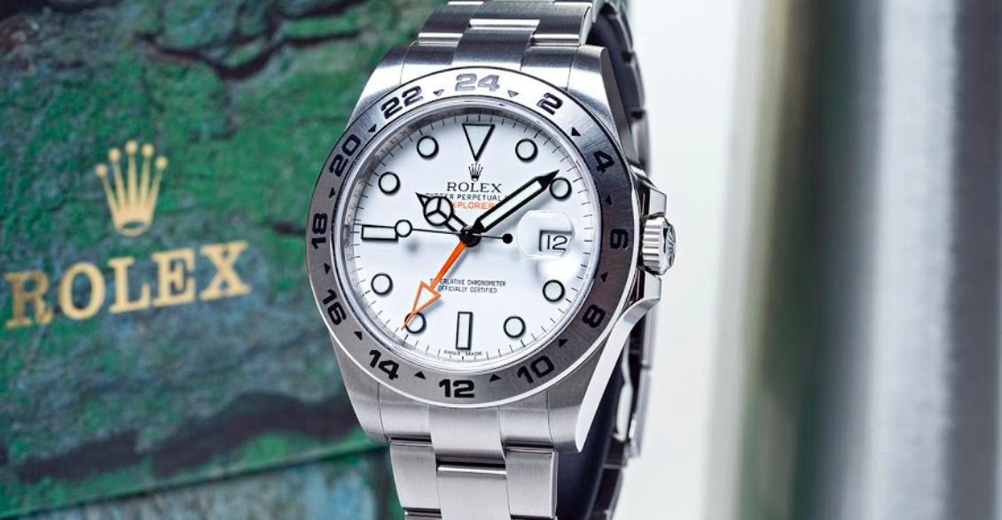 3 Luxury White Watches for a Sophisticated Look